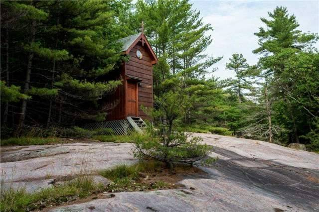 Cottage at 11 Mowat Island, Carling, Ontario. Image 7
