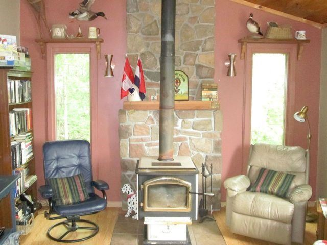 Cottage at 622 Troy Lake Rd, Rideau Lakes, Ontario. Image 3