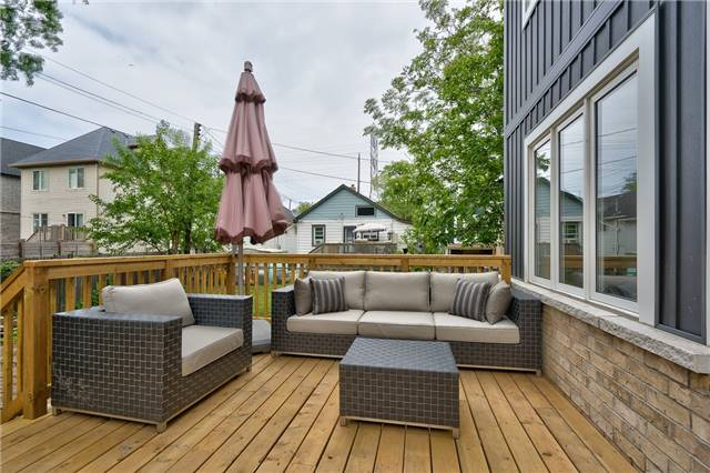 Detached at 3 Rembe Ave, Hamilton, Ontario. Image 10