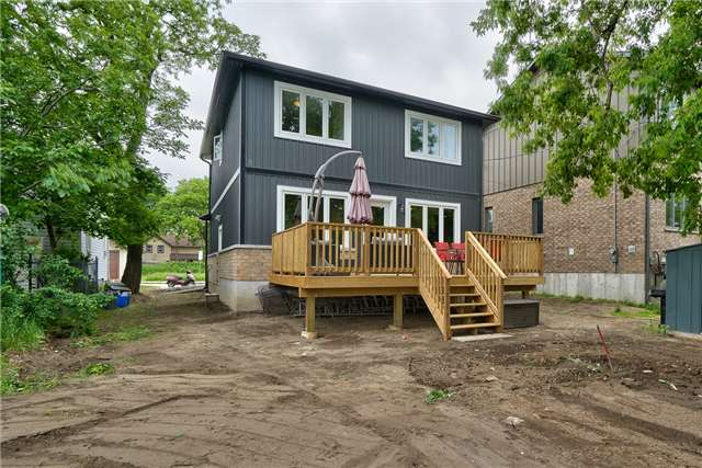 Detached at 3 Rembe Ave, Hamilton, Ontario. Image 13