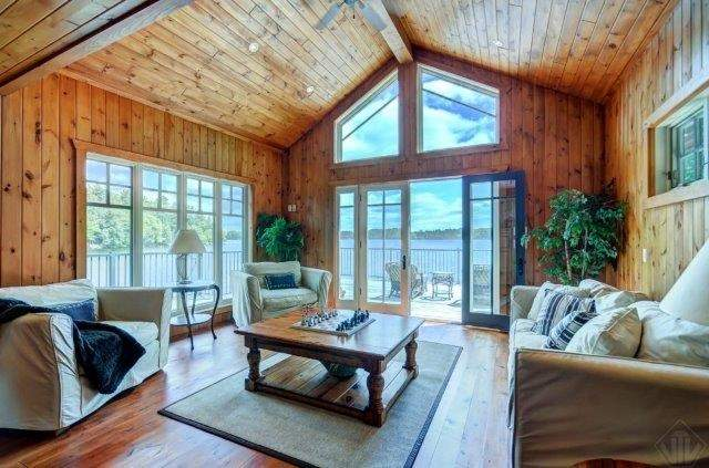 Cottage at 1082 Halls Rd, Unit 5, Muskoka Lakes, Ontario. Image 3