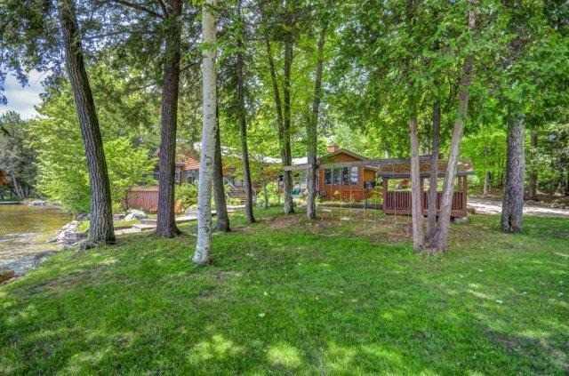 Cottage at 1082 Halls Rd, Unit 5, Muskoka Lakes, Ontario. Image 10