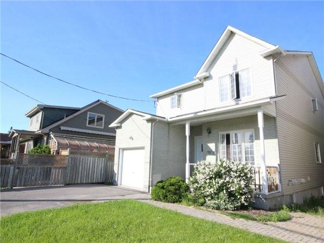 Detached at 861 Blair Rd, Ottawa, Ontario. Image 1