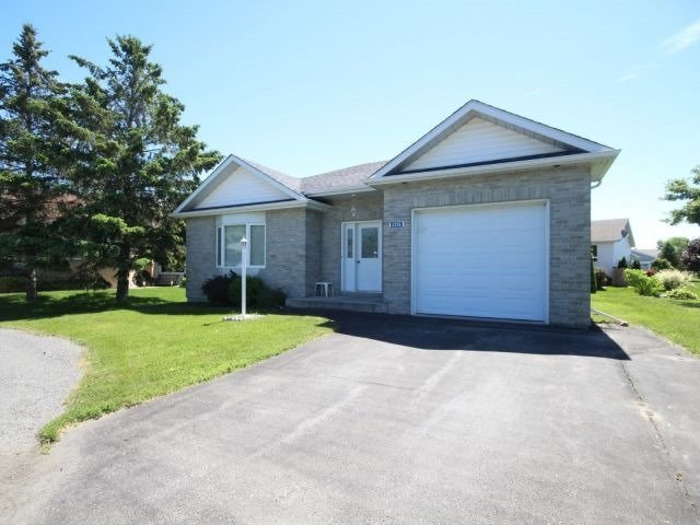 Detached at 6236 Dalton Crt, South Glengarry, Ontario. Image 1