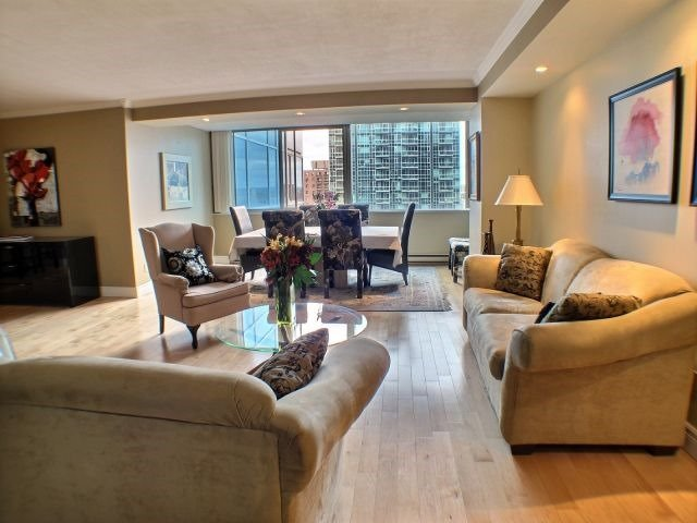 Condo Apartment at 160 George St, Unit 705, Ottawa, Ontario. Image 15