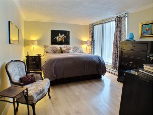 Condo Apartment at 160 George St, Unit 705, Ottawa, Ontario. Image 16