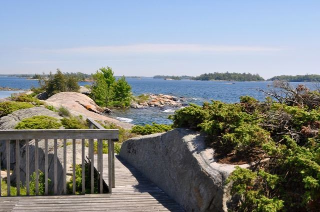 Detached at 367C Chilco Island, Carling, Ontario. Image 15