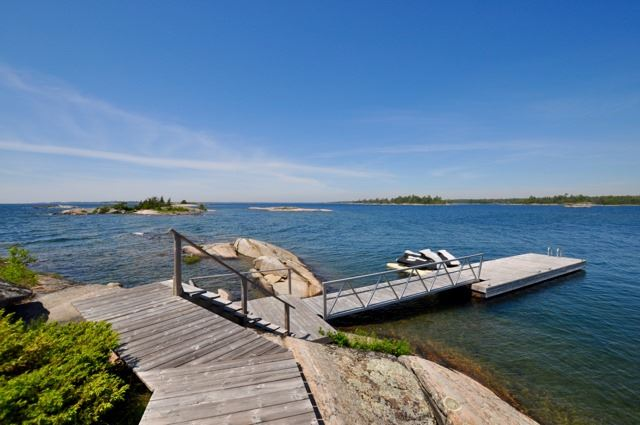 Detached at 367C Chilco Island, Carling, Ontario. Image 18