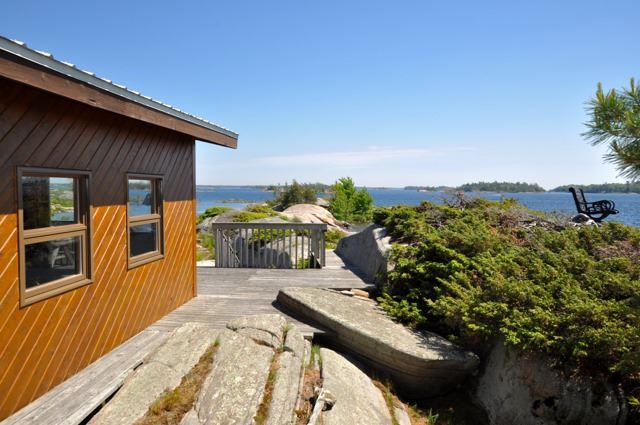 Detached at 367C Chilco Island, Carling, Ontario. Image 10