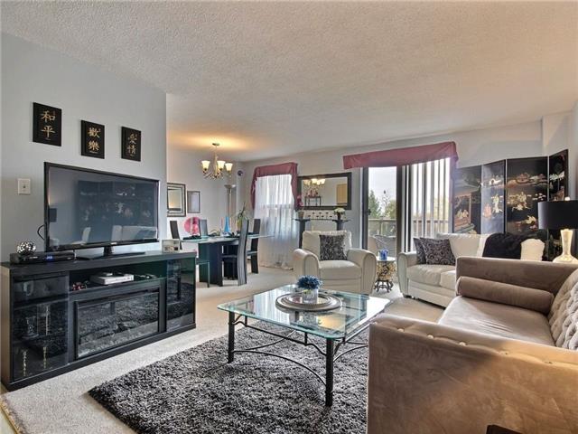 Condo Apartment at 1100 Courtland Ave E, Unit 315, Kitchener, Ontario. Image 5