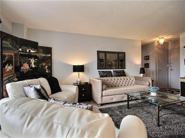 Condo Apartment at 1100 Courtland Ave E, Unit 315, Kitchener, Ontario. Image 12