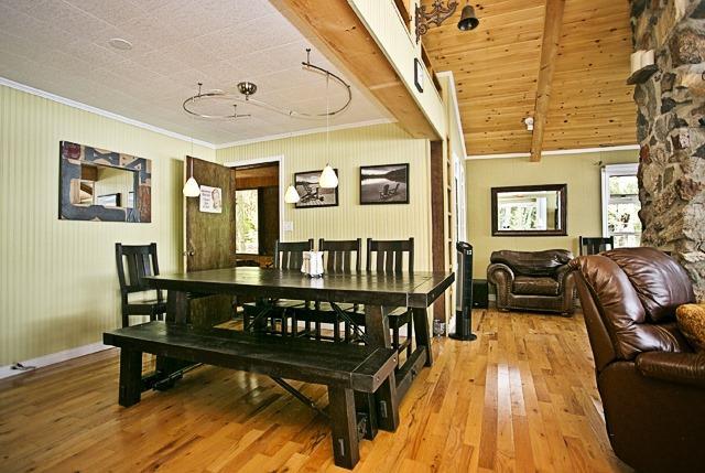 Cottage at 43 Pheasant Lane, North Kawartha, Ontario. Image 7