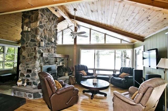 Cottage at 43 Pheasant Lane, North Kawartha, Ontario. Image 9