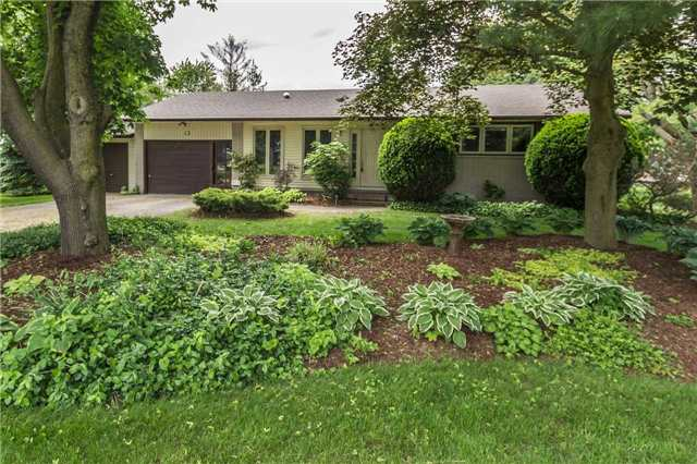 Detached at 13 Seaton Cres, Woolwich, Ontario. Image 1