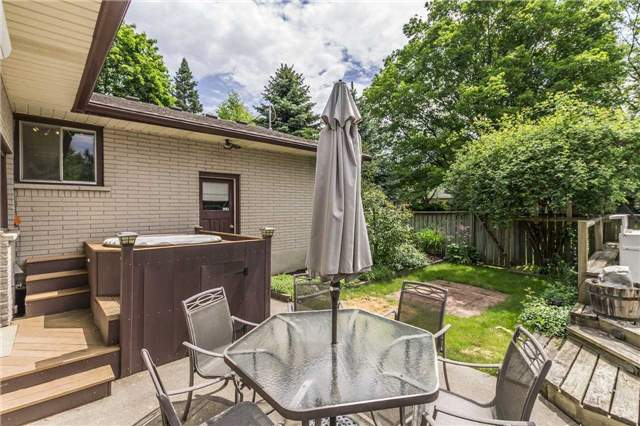 Detached at 13 Seaton Cres, Woolwich, Ontario. Image 6