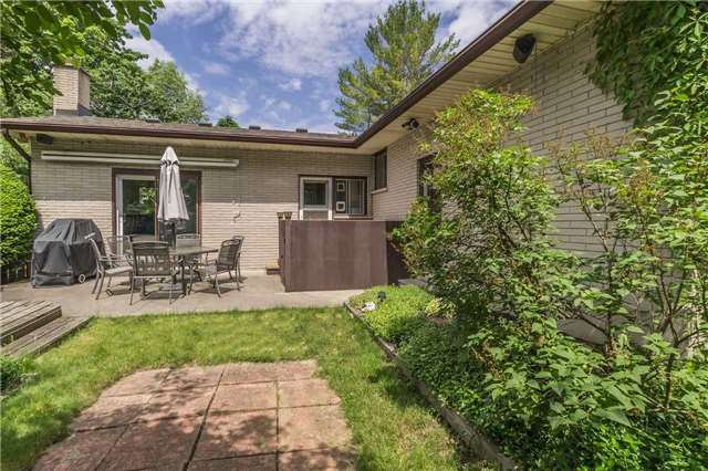 Detached at 13 Seaton Cres, Woolwich, Ontario. Image 8