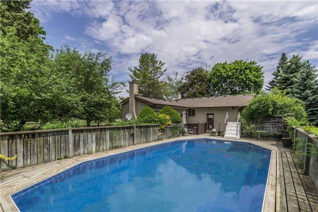 Detached at 13 Seaton Cres, Woolwich, Ontario. Image 10