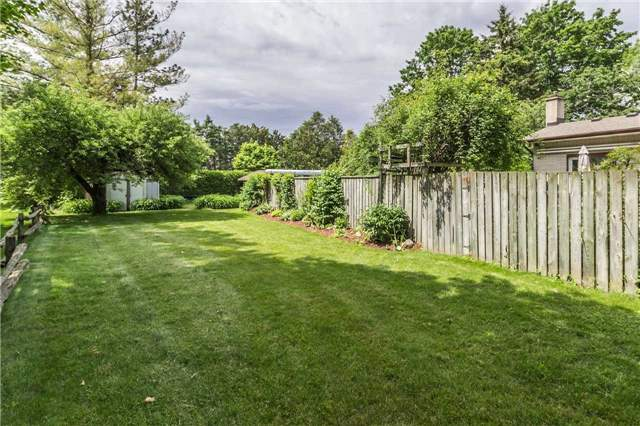 Detached at 13 Seaton Cres, Woolwich, Ontario. Image 11