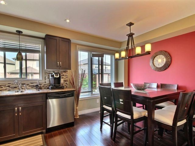 Townhouse at 25 Viking Dr, Unit 12, Hamilton, Ontario. Image 3