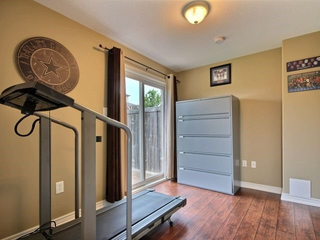Townhouse at 25 Viking Dr, Unit 12, Hamilton, Ontario. Image 8