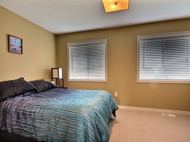 Townhouse at 25 Viking Dr, Unit 12, Hamilton, Ontario. Image 10