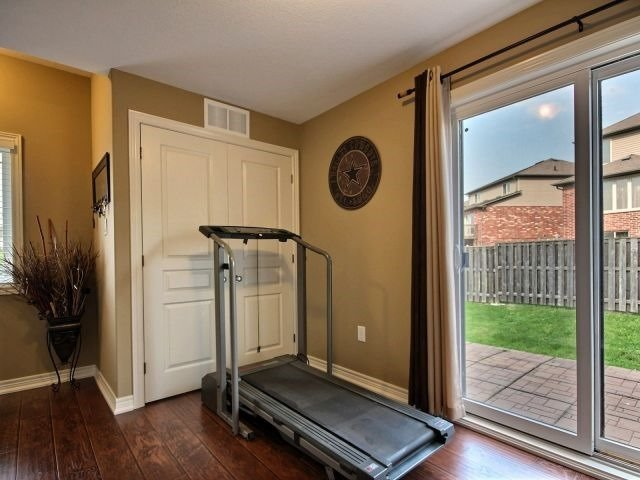 Townhouse at 25 Viking Dr, Unit 12, Hamilton, Ontario. Image 13