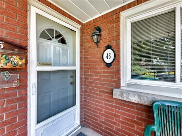 Duplex at 46 Lorne St, St. Catharines, Ontario. Image 16