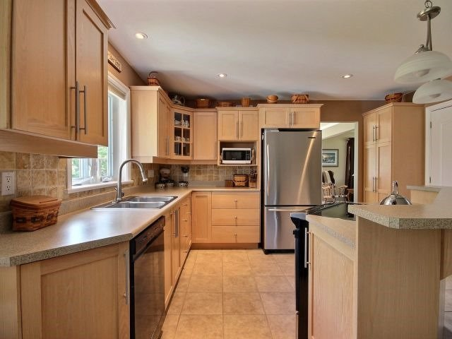 Detached at 146 Orchard Cres, Perth, Ontario. Image 16