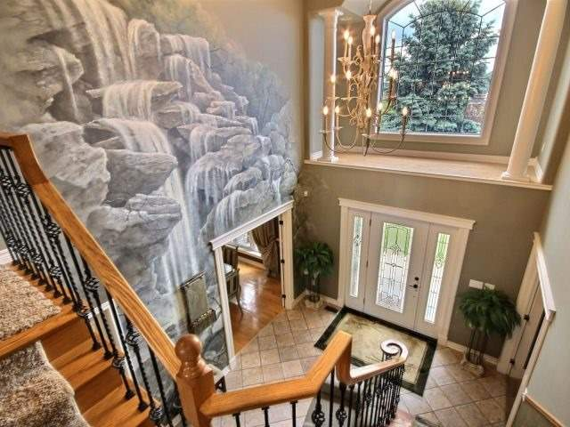 Detached at 452 Orchard Park Dr, Lakeshore, Ontario. Image 12