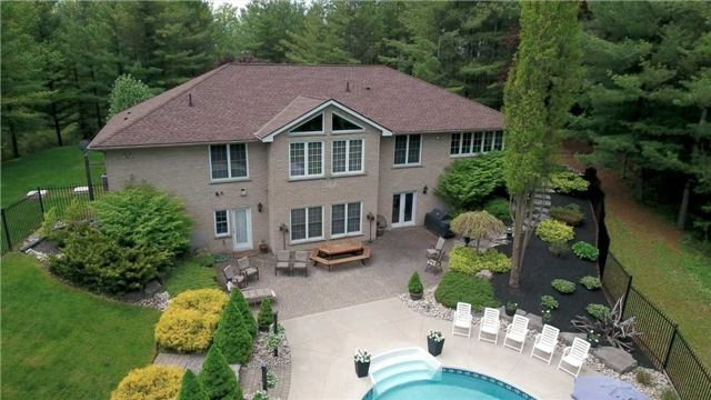 Detached at 4079 Side Road 20 Rd S, Puslinch, Ontario. Image 12