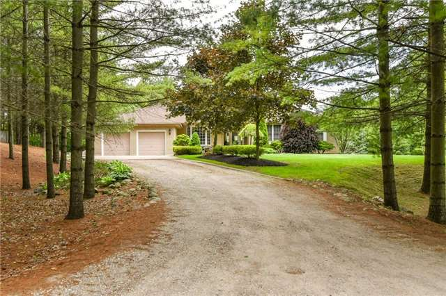 Detached at 4079 Side Road 20 Rd S, Puslinch, Ontario. Image 13