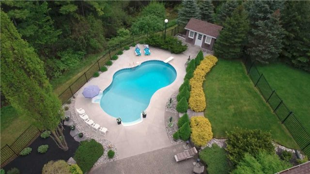 Detached at 4079 Side Road 20 Rd S, Puslinch, Ontario. Image 9