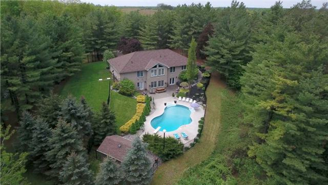 Detached at 4079 Side Road 20 Rd S, Puslinch, Ontario. Image 10
