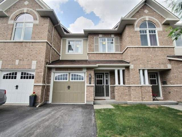Townhouse at 2261 Marble Cres, Clarence-Rockland, Ontario. Image 1