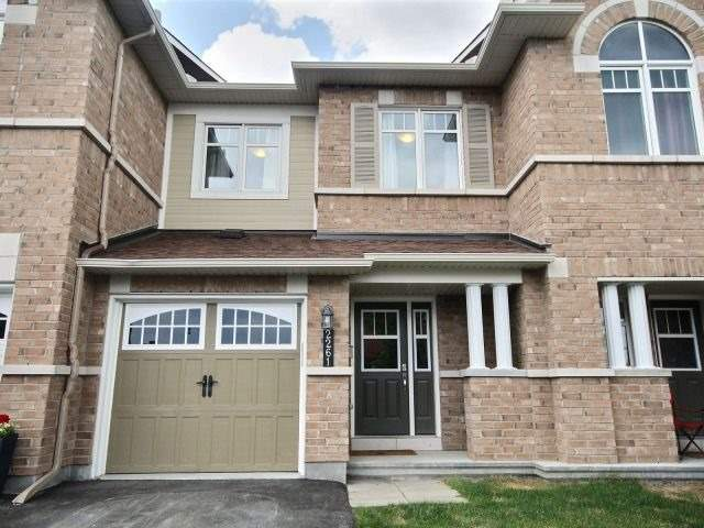 Townhouse at 2261 Marble Cres, Clarence-Rockland, Ontario. Image 12
