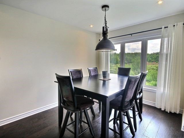 Townhouse at 2261 Marble Cres, Clarence-Rockland, Ontario. Image 2