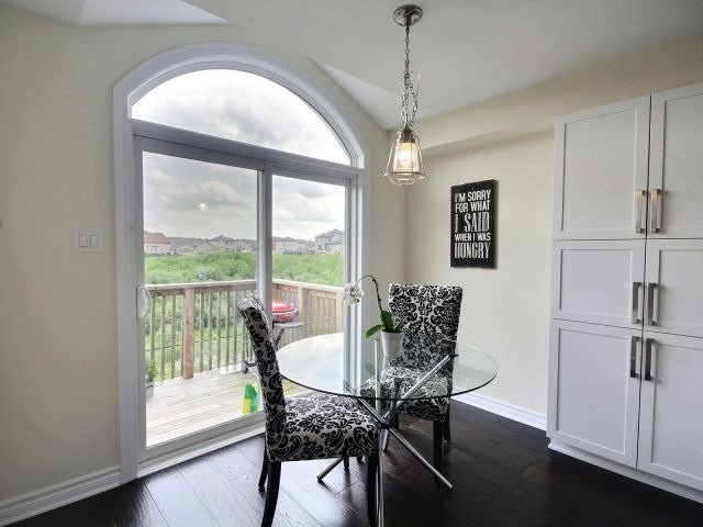 Townhouse at 2261 Marble Cres, Clarence-Rockland, Ontario. Image 4