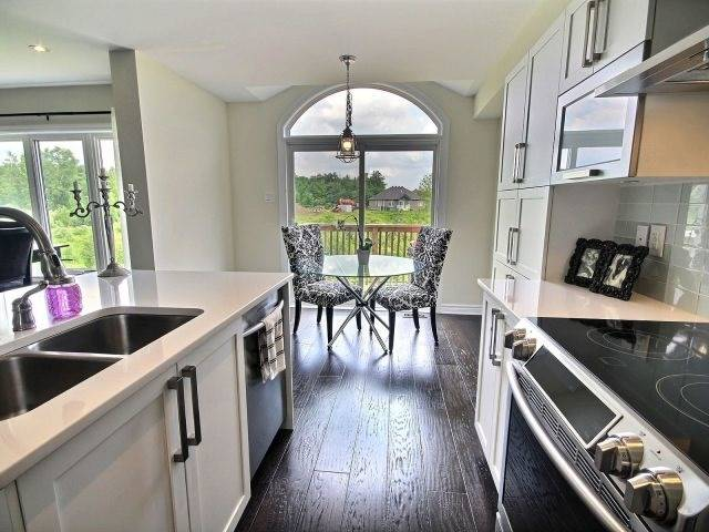 Townhouse at 2261 Marble Cres, Clarence-Rockland, Ontario. Image 5