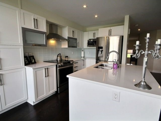 Townhouse at 2261 Marble Cres, Clarence-Rockland, Ontario. Image 6