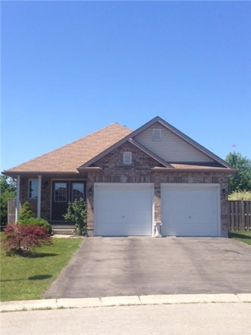 Detached at 908 Briar Crt, London, Ontario. Image 10