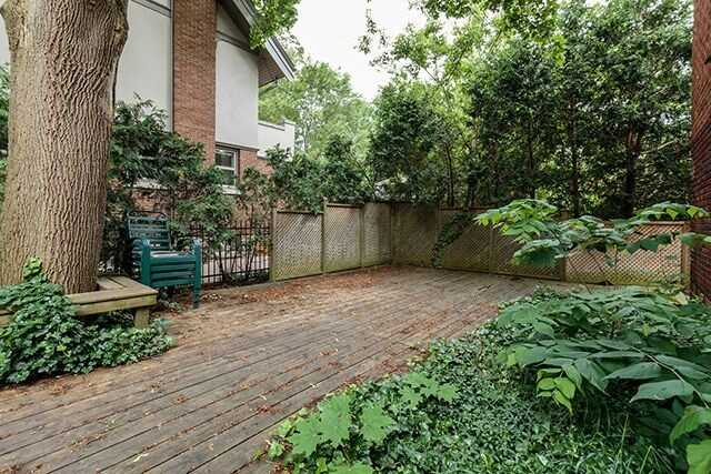 Detached at 931 Richmond St, London, Ontario. Image 11