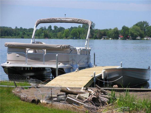 Detached at 27 Cedar Cres, Kawartha Lakes, Ontario. Image 13