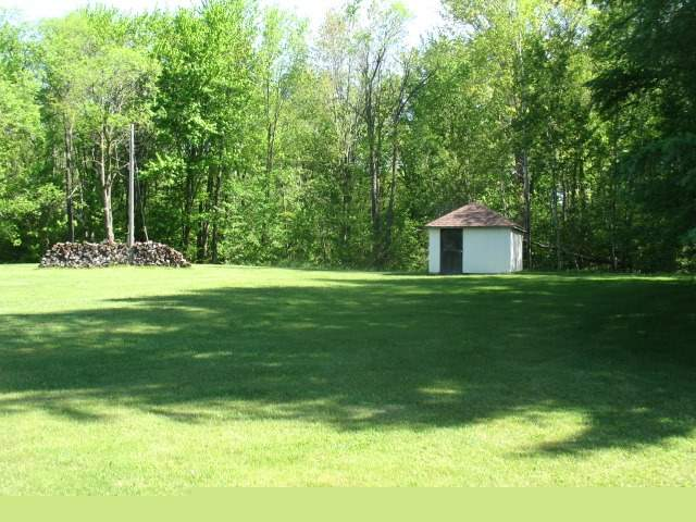 Detached at 9551 Sideroad 3  N, Minto, Ontario. Image 13