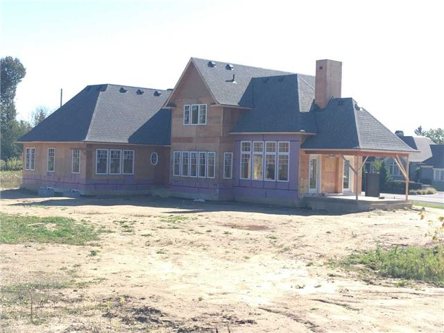 Detached at 43 Jameson Dr, Hamilton, Ontario. Image 10