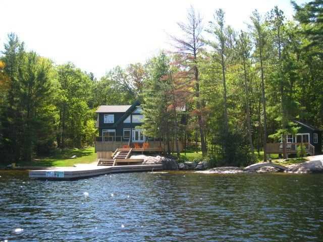 Cottage at 2542 Go Home Lake Shore, Muskoka Lakes, Ontario. Image 1