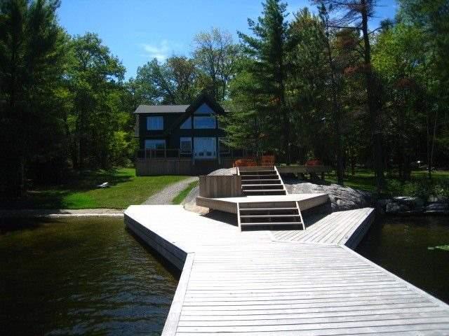 Cottage at 2542 Go Home Lake Shore, Muskoka Lakes, Ontario. Image 9