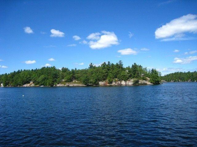 Cottage at 2542 Go Home Lake Shore, Muskoka Lakes, Ontario. Image 10