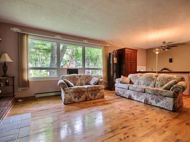 Detached at 173 Baillie Ave, Ottawa, Ontario. Image 2
