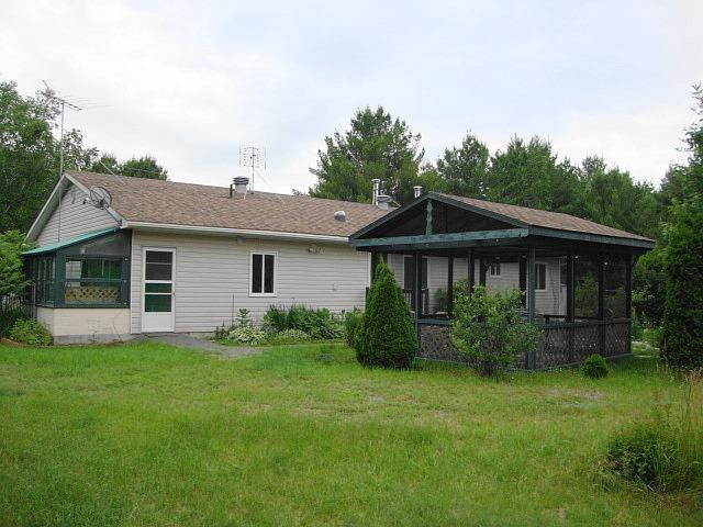 Detached at 141 Clark Line Rd, Addington Highlands, Ontario. Image 15