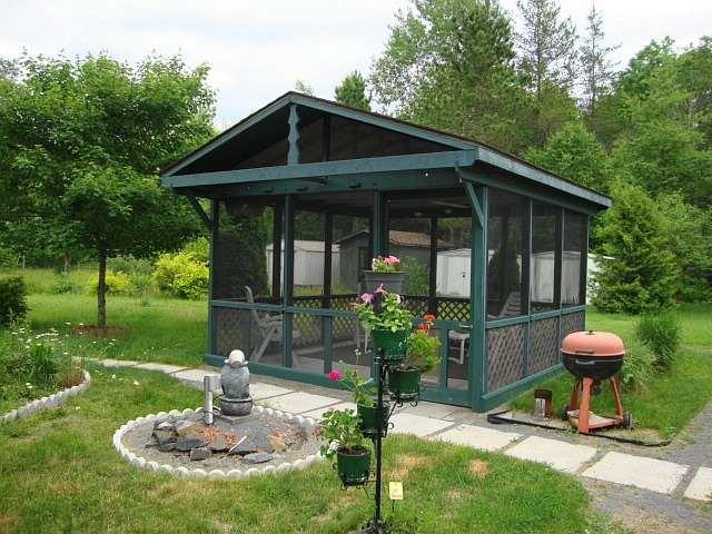 Detached at 141 Clark Line Rd, Addington Highlands, Ontario. Image 17
